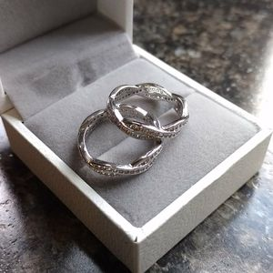 Twisted band clear rhinestone ring set size 5.5